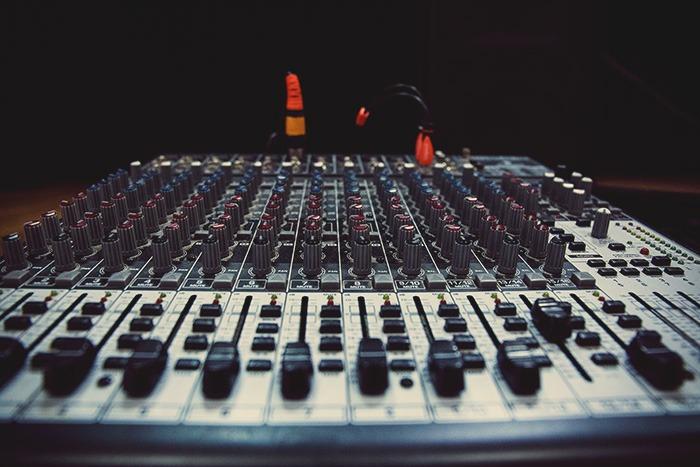 Table de Mixage de Studio