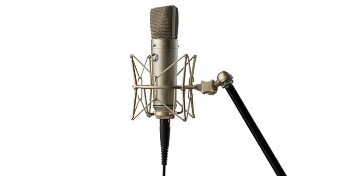 Le microphone WA87 de Warm Audio