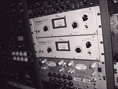Exemples de compresseurs analogiques