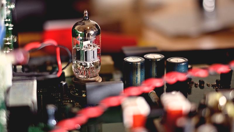 Un préampli micro à lampes